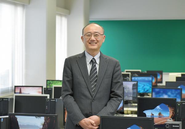 松井 義司 准教授